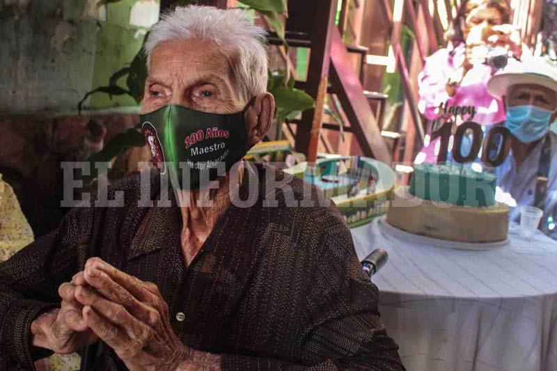 26-01-21 celebracion de los 100 años del maestro hector alvarado ..foto angel zambrano (3)