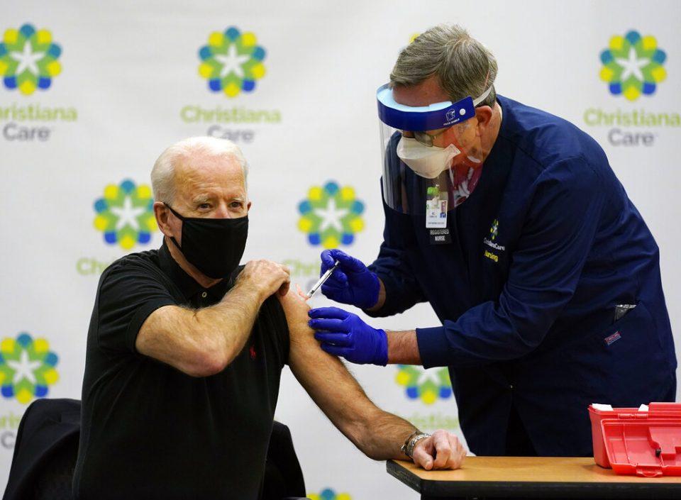 Joe Biden recibió segunda dosis de la vacuna de Pfizer
