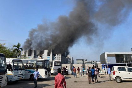India | Al menos 13 pacientes con Covid-19 fallecieron en incendio de hospital