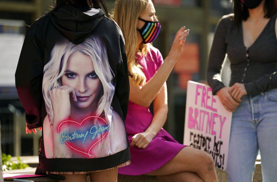 El juez niega a su padre la tutela completa de la cantante Britney Spears