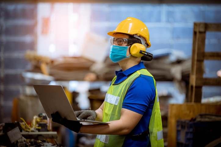 """Sector manufacturero se encuentra en """"modo supervivencia"""" por falta da diésel"""