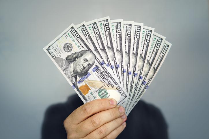 Precio del dólar paralelo se acerca a los 3,5 millones de bolívares