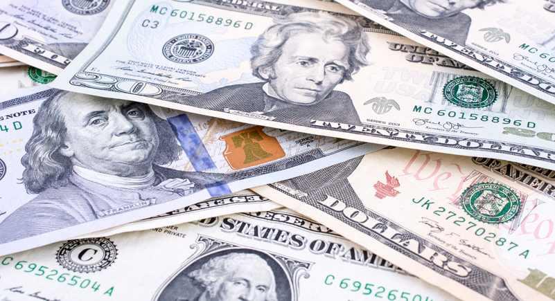 Dólar paralelo arranca la semana con tendencia alcista