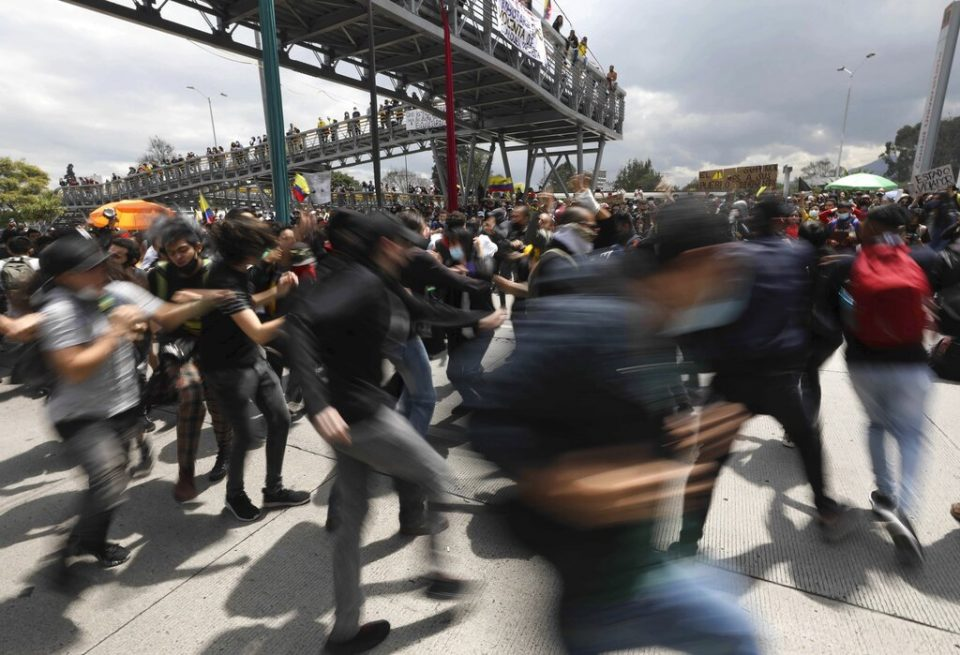Colombia garantiza protestas pacíficas a la comunidad internacional