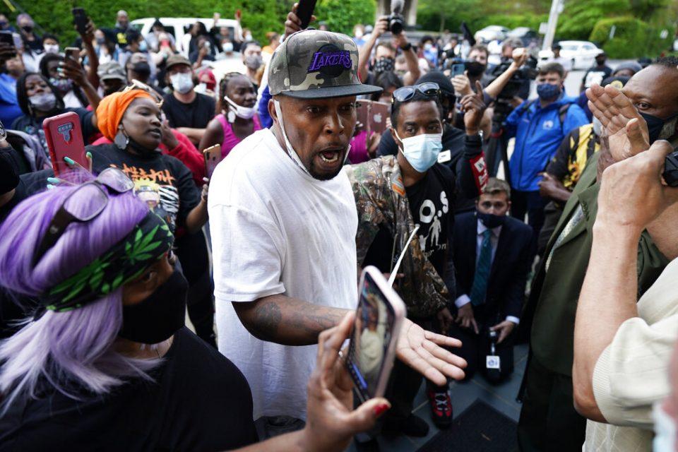 ¿Se intensificarán las protestas en EE.UU.? | Policía de Carolina del Norte baleó a hombre de raza negra