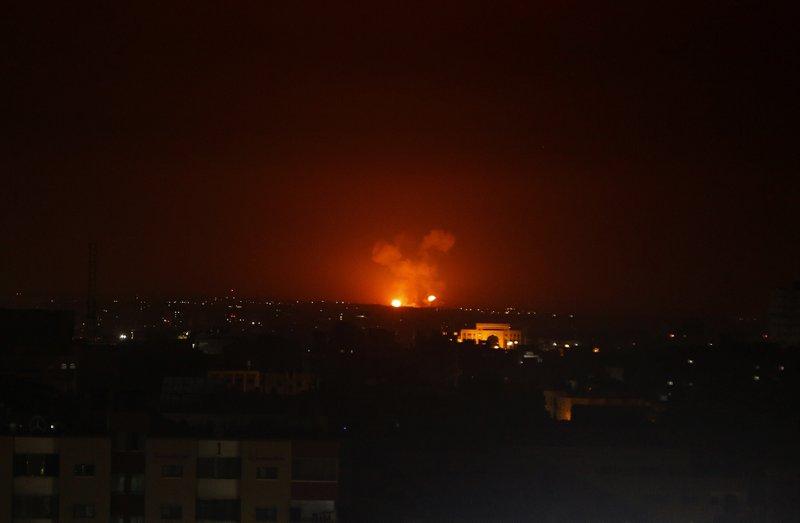"""Israel afirma que continuará el ataque contra Gaza con """"toda su fuerza"""""""