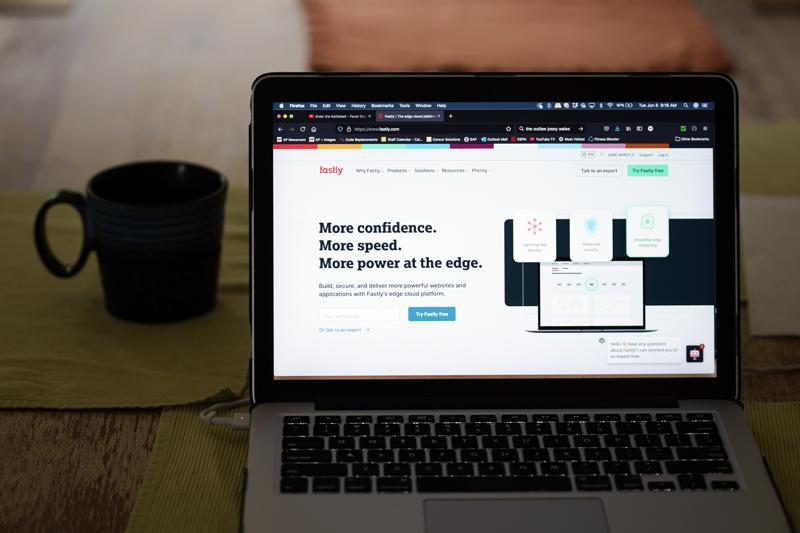 Fastly: caída de páginas webs fue producto de un error de programación