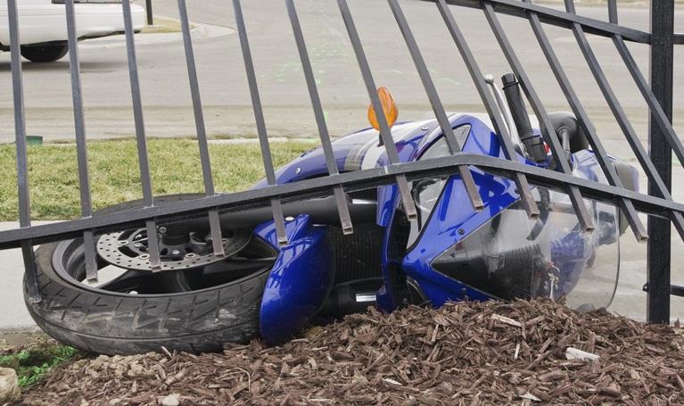 Colombia | Motorizado muere degollado en barrio de Bogotá en donde continúan las protestas
