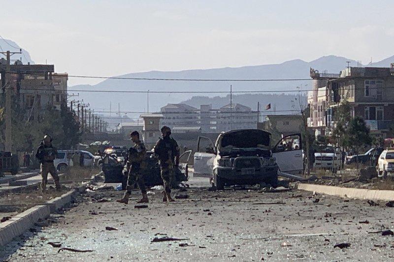 Explosión de coche bomba en Kabul, dejó cuatro muertos