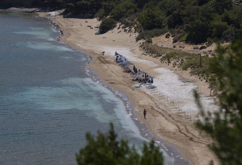 Grecia negaría a migrantes la oportunidad de pedir asilo