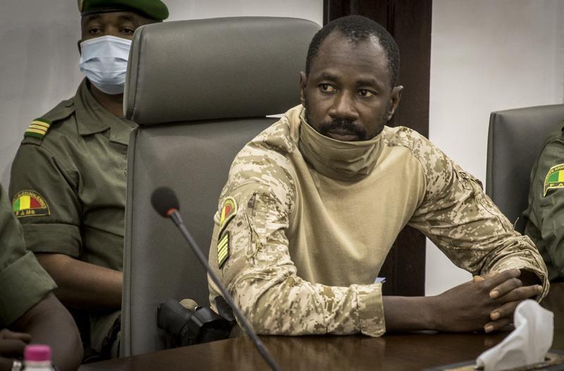Frustran atentado contra el presidente interino de Mali, Assimi Goita