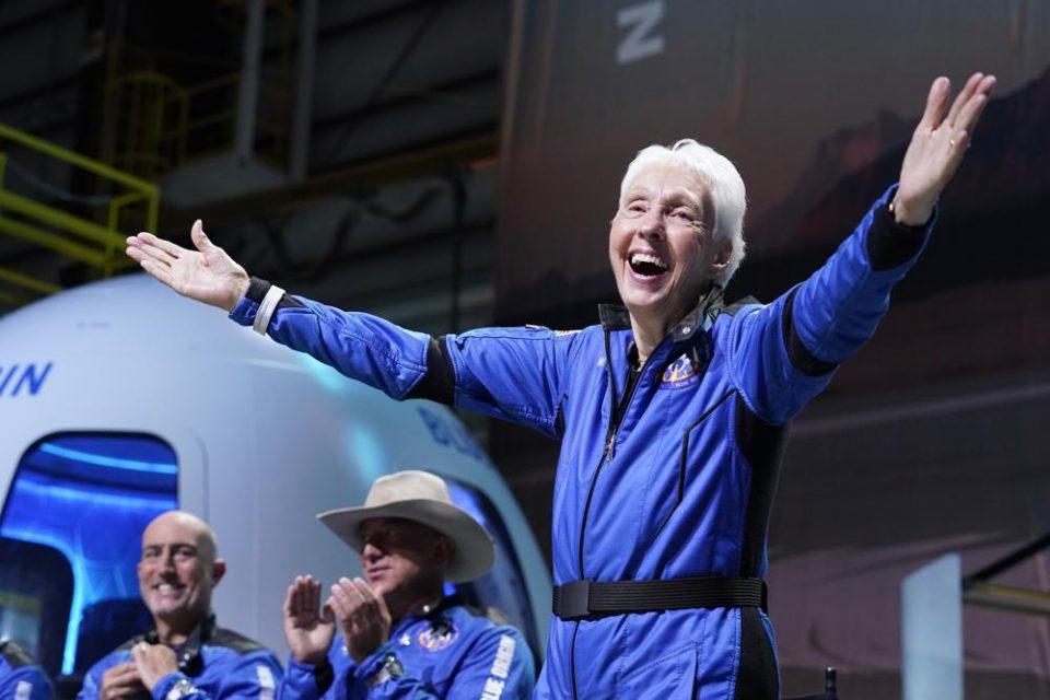 Conozca la historia de Wally Funk, la piloto de 82 años que viajó a la Luna con Jeff Bezos