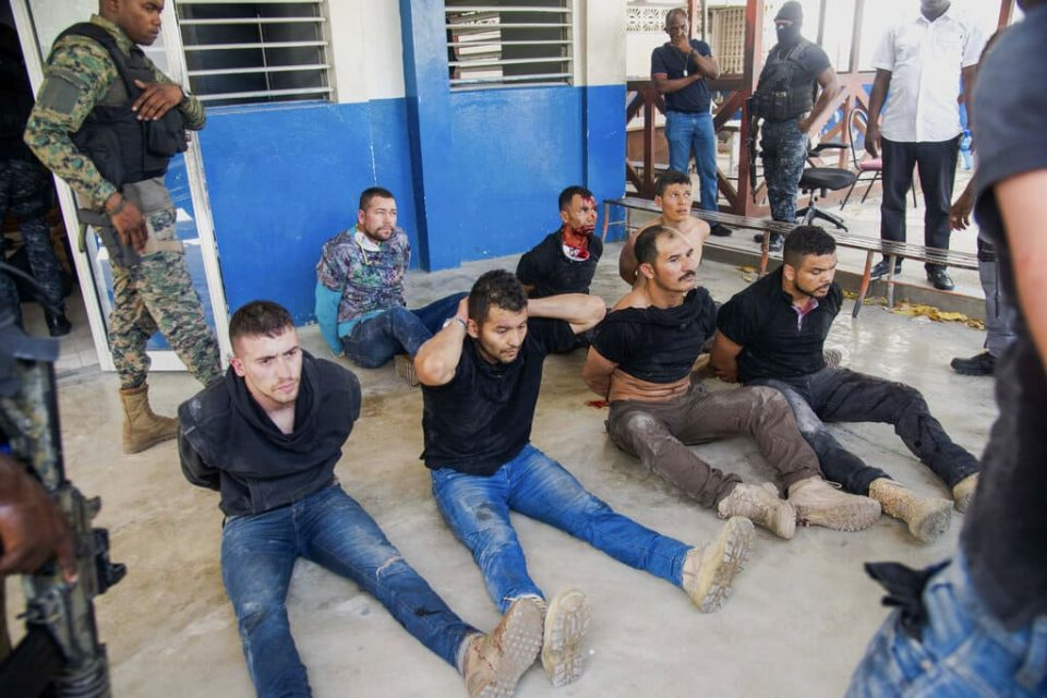 Seis detenido en Haití por magnicidio serían exmilitares colombianos