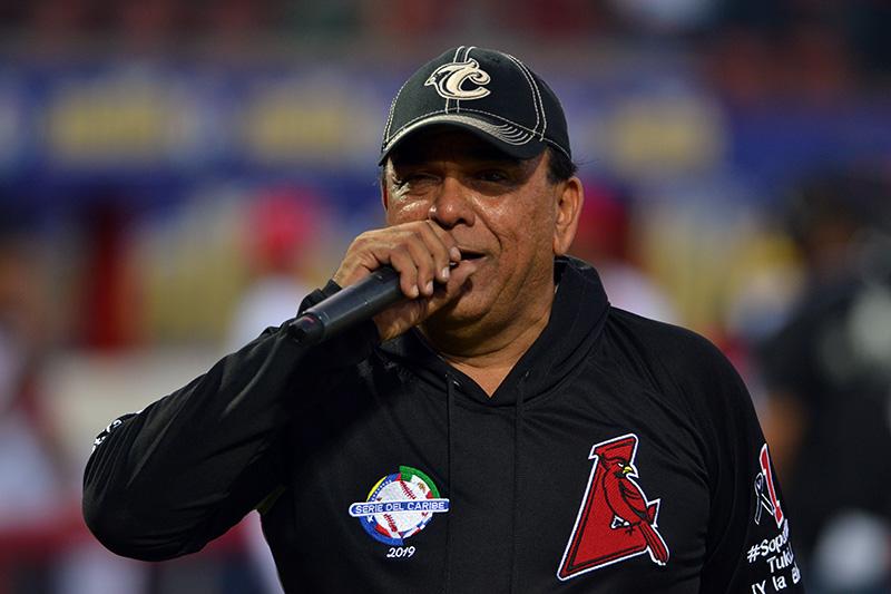 Gregorio Valles superó la covid-19 y reaparece cantando
