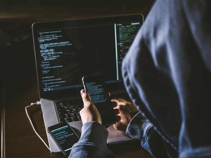 Filtran lista con 50.000 números de teléfono de posibles víctimas del software israelí Pegasus