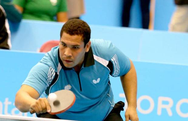 Denisos Martínez1