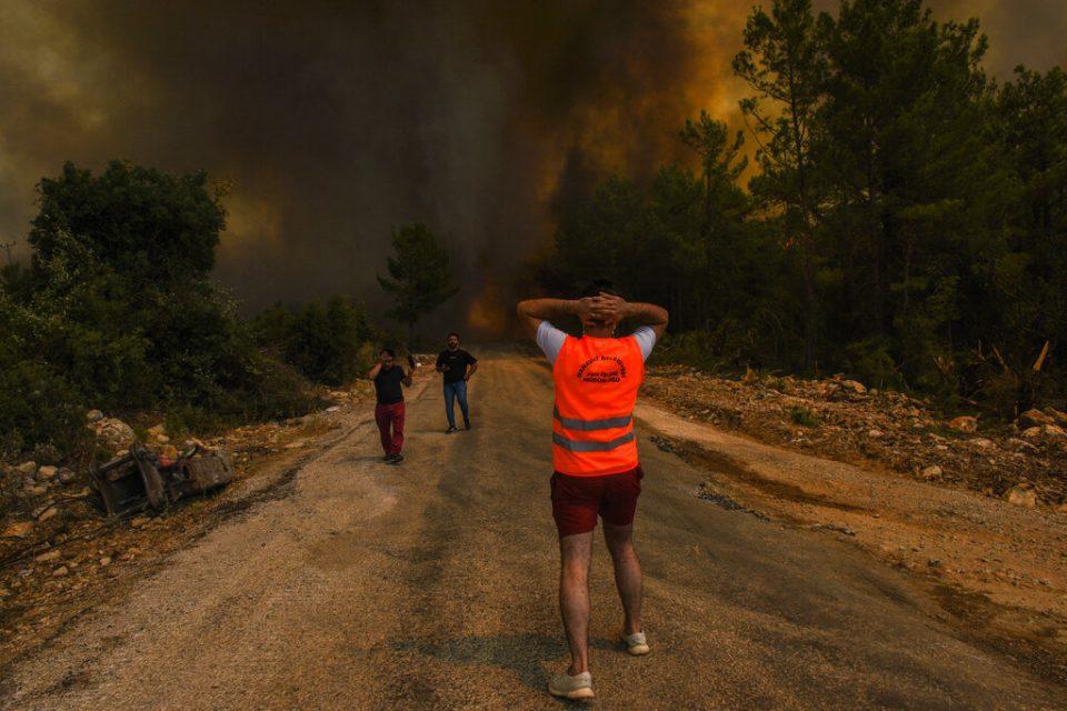 Al menos ocho muertos por ola de calor en sureste de Europa
