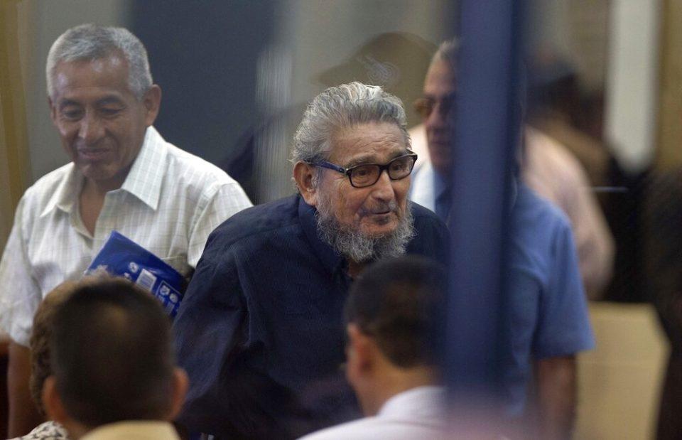 Muere en Perú el líder de Sendero Luminoso Abimael Guzmán