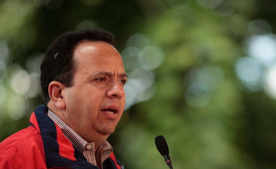 Designan al exgobernador de Aragua como ministro de Aguas