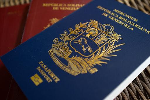 Panamá reconocerá pasaportes venezolanos vencidos